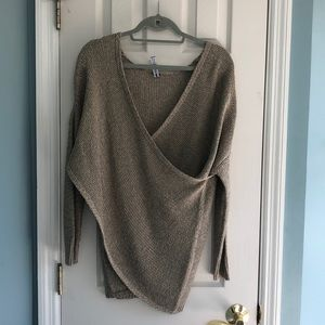 Wrap style sweater